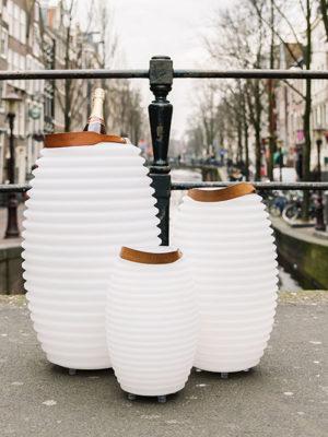 Nikki AMsterdam - Marjan Oesterholt Fotografie-4_nikki_amsterdam_florales_wohnen_@home_Brücke
